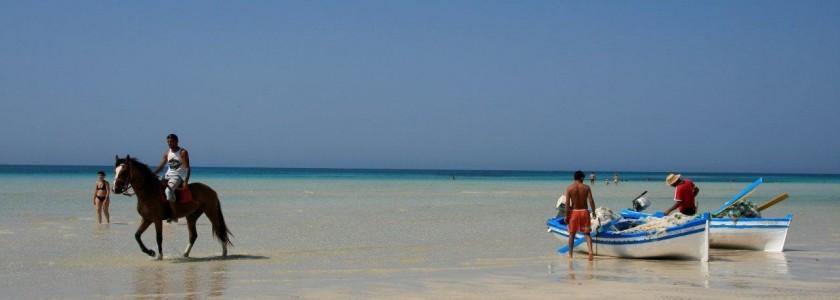 agence-voyage-tunisie-voyages20130924084913