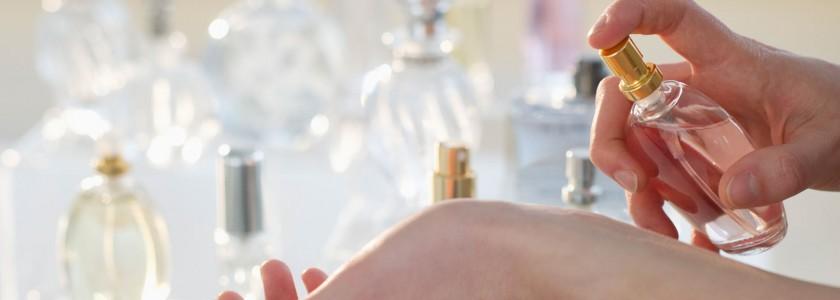 Nouveautes-parfums-les-fragrances-qui-sentent-bon-l-ete_exact1900x908_l